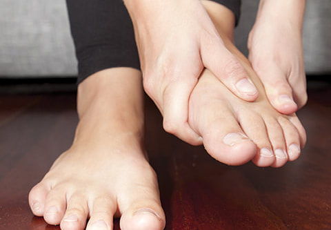How Massage Techniques can help Treat Foot Pain?